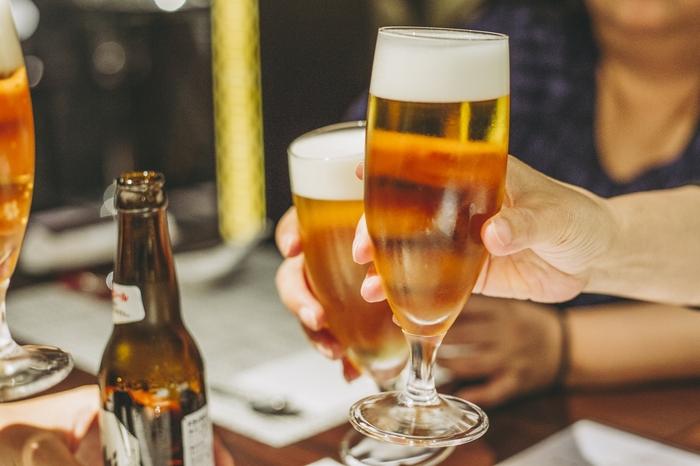 アルコールは太らない説の真偽 なぜシメにラーメンが食べたくなるのか?
